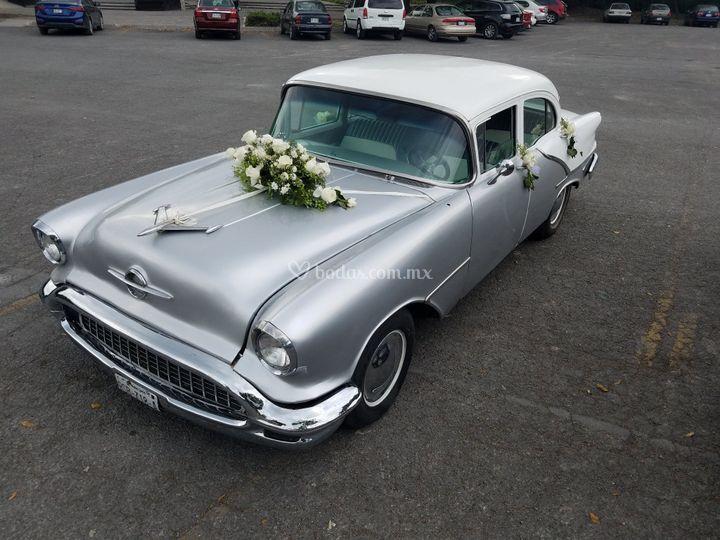 Oldsmobil decorado básico