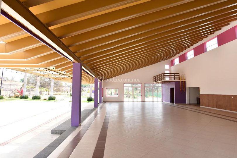 Salón techado