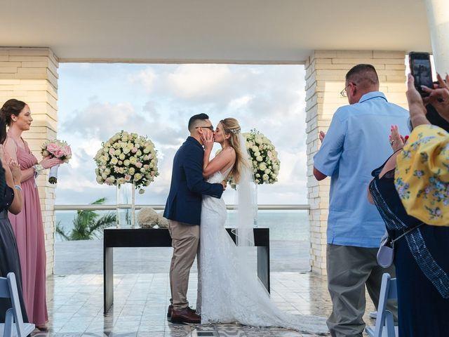 La boda de Chris y Karley en Cancún, Quintana Roo 25