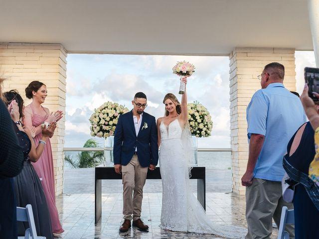 La boda de Chris y Karley en Cancún, Quintana Roo 27