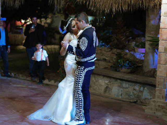 La boda de Israel y Cynthia en Lerdo, Durango 90