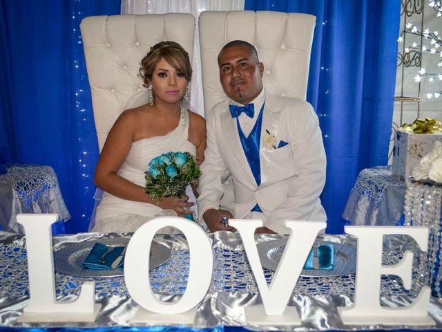 La boda de Adrian y Alejandra en Mexicali, Baja California 1