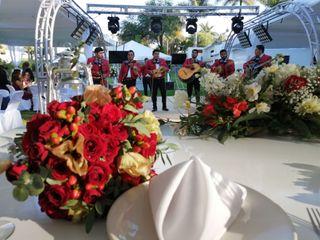 La boda de Mirna Dolores y Salvador Antonio  1