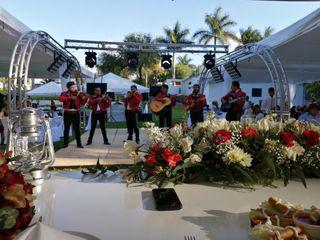 La boda de Mirna Dolores y Salvador Antonio  2