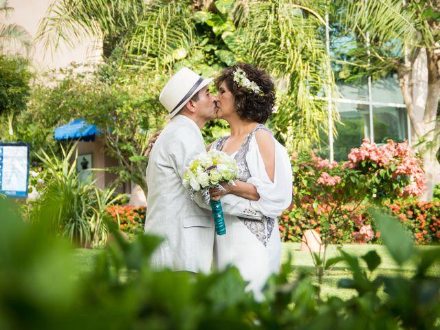 La boda de Marcos y Irma en Ixtapa Zihuatanejo, Guerrero 2