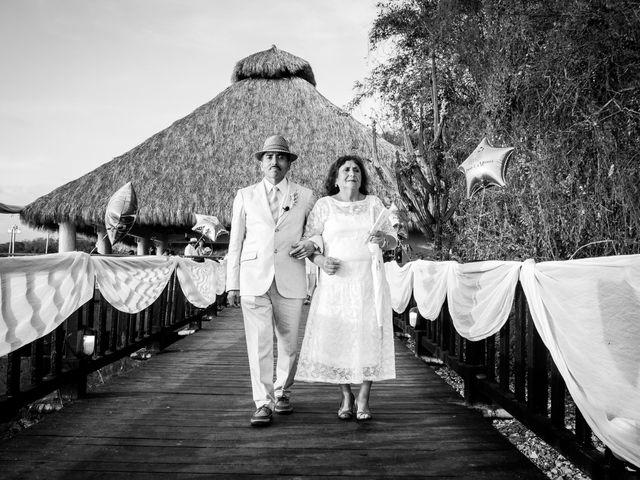 La boda de Marcos y Irma en Ixtapa Zihuatanejo, Guerrero 13
