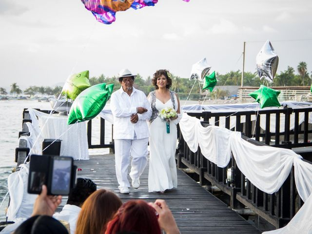 La boda de Marcos y Irma en Ixtapa Zihuatanejo, Guerrero 14