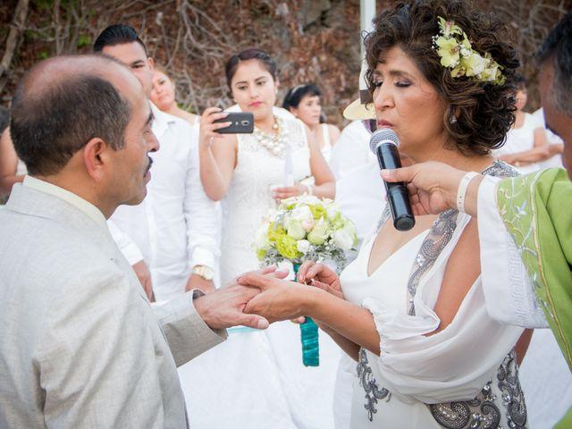 La boda de Marcos y Irma en Ixtapa Zihuatanejo, Guerrero 21