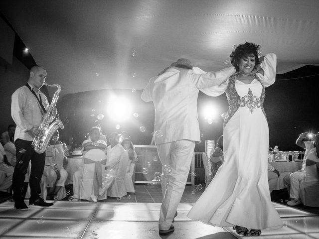 La boda de Marcos y Irma en Ixtapa Zihuatanejo, Guerrero 33