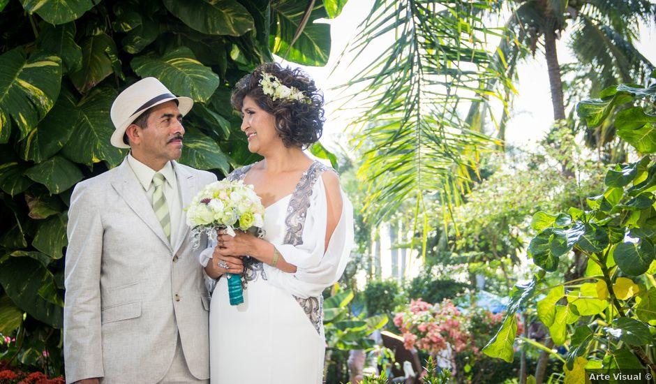 La boda de Marcos y Irma en Ixtapa Zihuatanejo, Guerrero