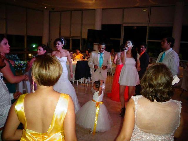 La boda de Julio y Tere en Mazatlán, Sinaloa 32
