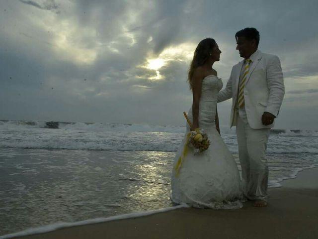 La boda de Julio y Tere en Mazatlán, Sinaloa 69