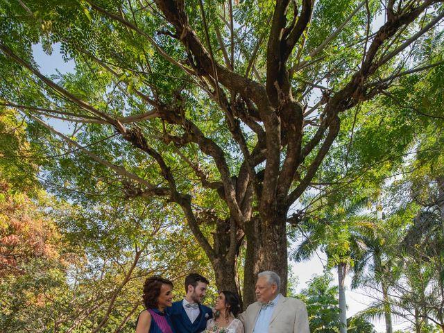 La boda de Victor y Estefania en Mazatepec, Morelos 43