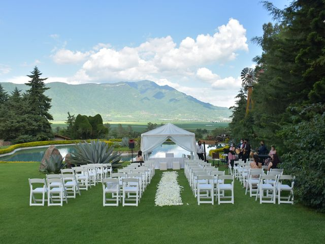 La boda de Josue y Lupita en Jocotepec, Jalisco 3