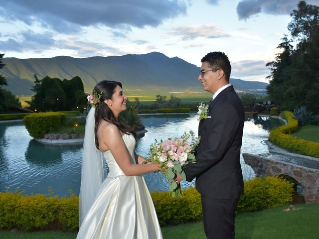 La boda de Josue y Lupita en Jocotepec, Jalisco 1