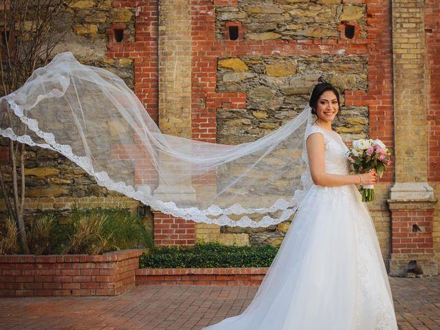 La boda de Fernando y Veronica en Monterrey, Nuevo León 22