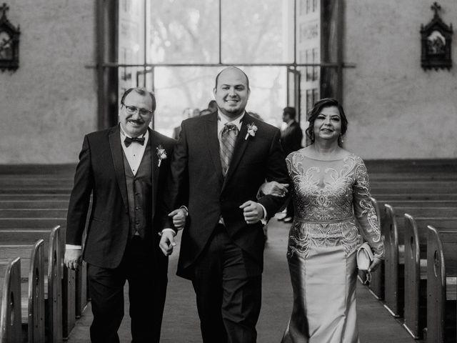 La boda de Fernando y Veronica en Monterrey, Nuevo León 27