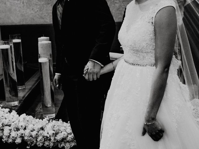 La boda de Fernando y Veronica en Monterrey, Nuevo León 29