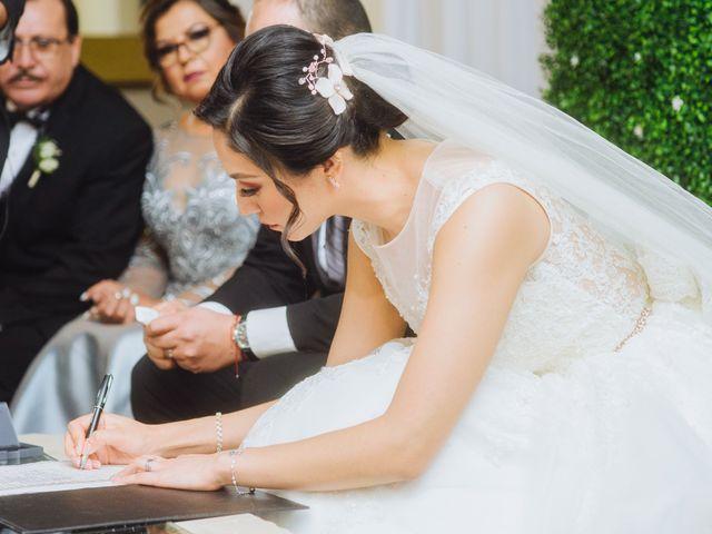 La boda de Fernando y Veronica en Monterrey, Nuevo León 40