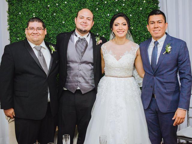 La boda de Fernando y Veronica en Monterrey, Nuevo León 49