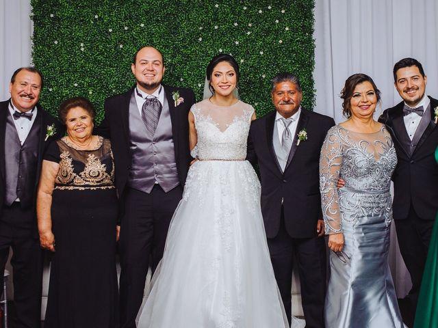 La boda de Fernando y Veronica en Monterrey, Nuevo León 52
