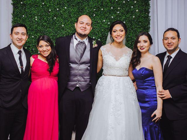 La boda de Fernando y Veronica en Monterrey, Nuevo León 53