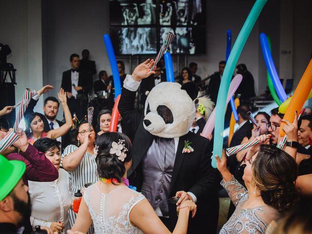 La boda de Fernando y Veronica en Monterrey, Nuevo León 71