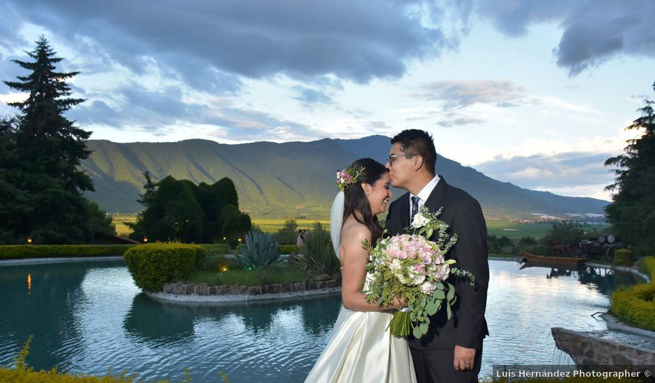 La boda de Josue y Lupita en Jocotepec, Jalisco