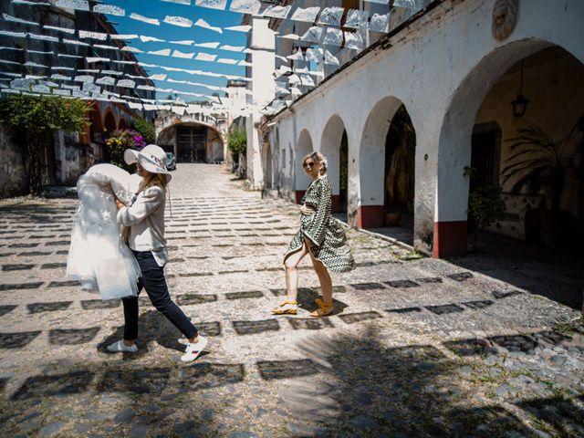 La boda de Christian y Fahrünnisa en Amacuzac, Morelos 12