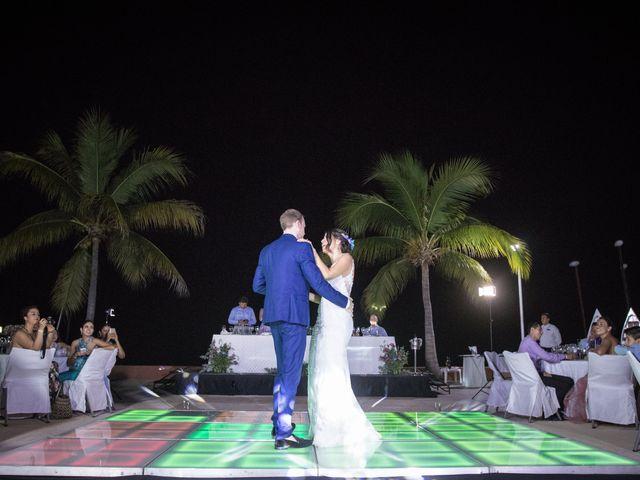 La boda de Pau y Rob en Ixtapa Zihuatanejo, Guerrero 34
