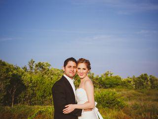 La boda de Daniel y Youni