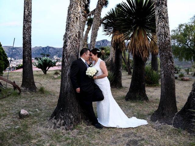 La boda de Abraham y Cyntia en Guanajuato, Guanajuato 15