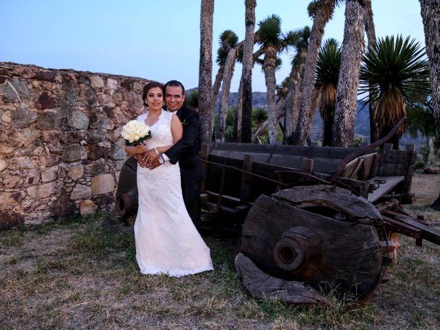 La boda de Abraham y Cyntia en Guanajuato, Guanajuato 23