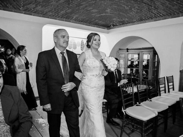 La boda de Abraham y Cyntia en Guanajuato, Guanajuato 32
