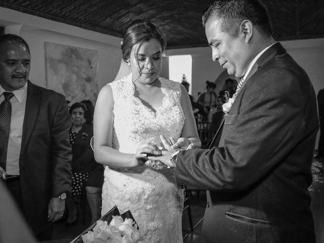 La boda de Abraham y Cyntia en Guanajuato, Guanajuato 42