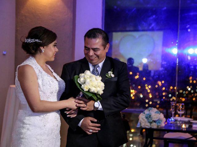 La boda de Abraham y Cyntia en Guanajuato, Guanajuato 49