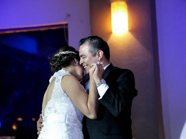 La boda de Abraham y Cyntia en Guanajuato, Guanajuato 54