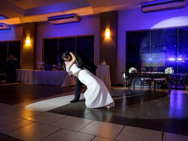 La boda de Abraham y Cyntia en Guanajuato, Guanajuato 56