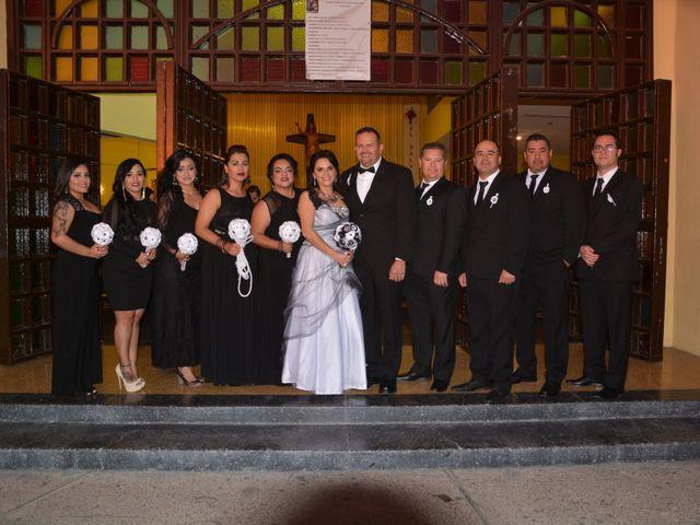 La boda de Víctor  y Cristina  en Ensenada, Baja California 3