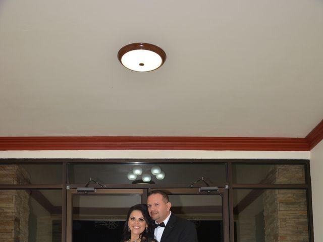 La boda de Víctor  y Cristina  en Ensenada, Baja California 5