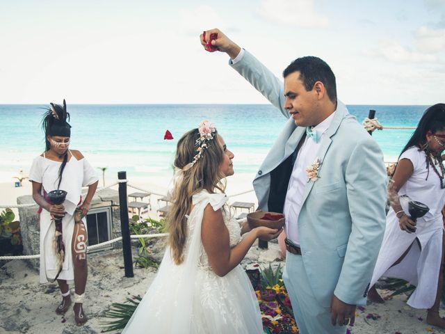 La boda de Joshua y Iris en Cancún, Quintana Roo 14