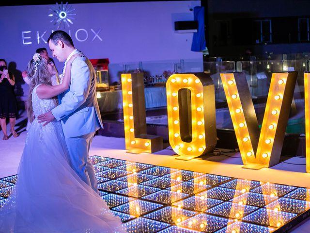 La boda de Joshua y Iris en Cancún, Quintana Roo 17