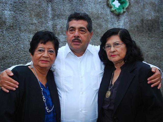 La boda de Gonzalo y Alexandra en Huimanguillo, Tabasco 30