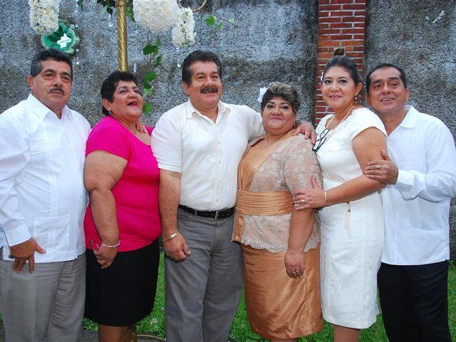 La boda de Gonzalo y Alexandra en Huimanguillo, Tabasco 31
