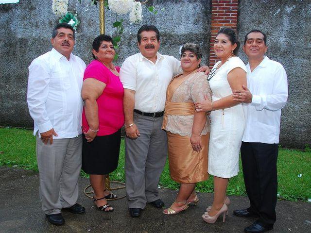 La boda de Gonzalo y Alexandra en Huimanguillo, Tabasco 32