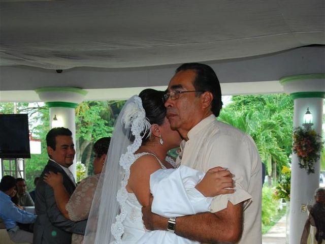 La boda de Gonzalo y Alexandra en Huimanguillo, Tabasco 38