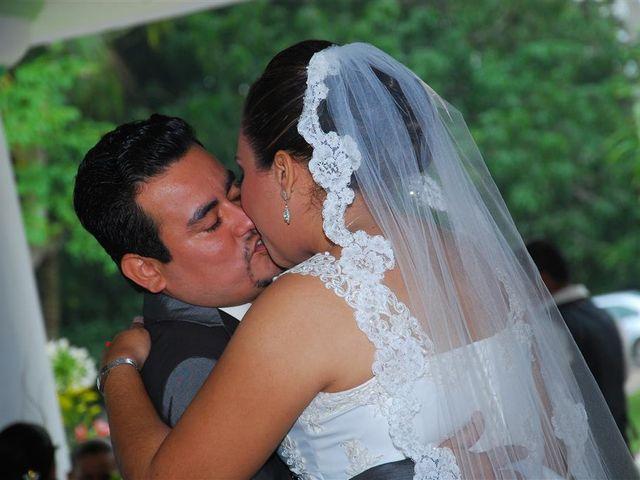 La boda de Gonzalo y Alexandra en Huimanguillo, Tabasco 43