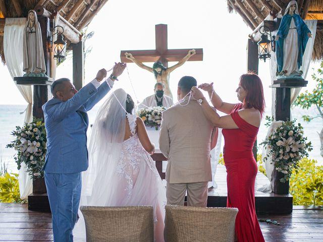 La boda de Gustavo y Ariadna en Cozumel, Quintana Roo 44