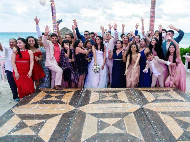 La boda de Gustavo y Ariadna en Cozumel, Quintana Roo 73