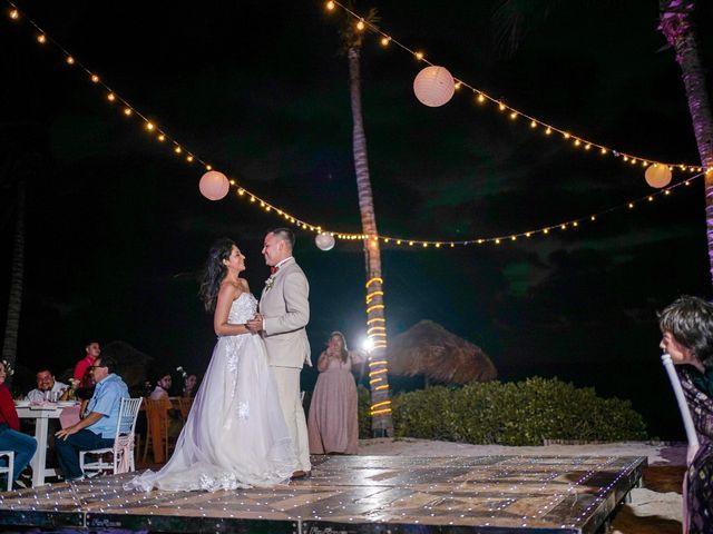 La boda de Gustavo y Ariadna en Cozumel, Quintana Roo 77